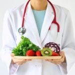 Rinforzare  il sistema immunitario con buone abitudini alimentari.
